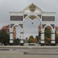 Триумфальная арка г. Астрахань :: Евгения Чередниченко