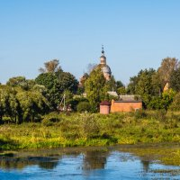 Вид на церковь Петра и Павла :: Ruslan