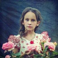 Когда в саду цвели розы. Алина :: Марина Кузьмина