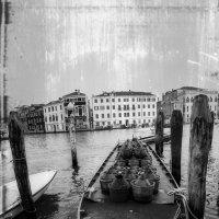 А мы на лодочке катались...Венеция! :: Александр Вивчарик