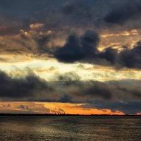 Закатное небо октября. :: Алексей Батькович
