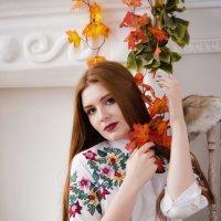Девушка - осень :: Екатерина Рябова