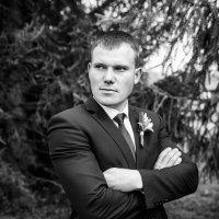 Жених :: Роман Жданов