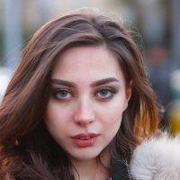 Глазастенькая. :: Александр Бабаев