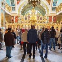 Служба в Храме Архангела Михаила :: Николай Николенко