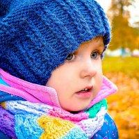 Девочка и золотая осень :: Юлия Шевцова