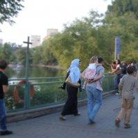 Посетители московского зоопарка :: Анна Воробьева