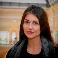 В ГУМе. :: Александр Бабаев