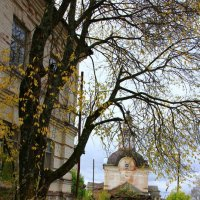 Храм в Сырьянах... :: Александр Широнин