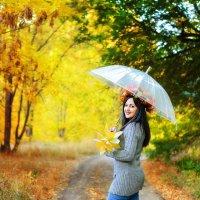 Рузанна под зонтом. :: Ольга Егорова