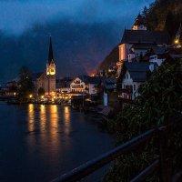 Сказочная деревушка на берегу горного озера. :: Eduard .