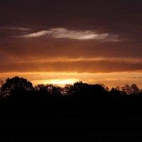 Восход солнца :: Eduard Mezker