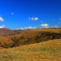 Осень в Приэльбрусье :: Vladimir 070549