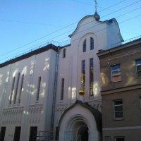 Фасад Староверческой церкви в Петербурге. :: Светлана Калмыкова
