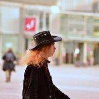 Шляпа :: Caren Yvonne Rikkilä