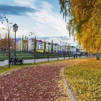 Ходит осень в нашем парке :: Любовь Потеряхина
