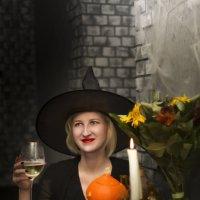 ведьма :: Tanya Petrosyan