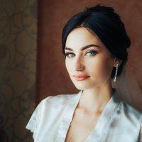 Нежное утро невесты Дианы :: Сергей Кишкель