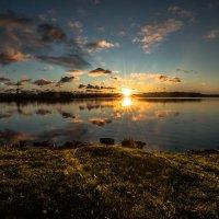 Восход на озере. :: Anna Klaos