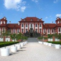 Тройский замок – это первый летний загородный дворец в северной части Праги :: Елена Павлова (Смолова)