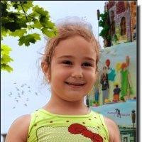 Весёлая девчушка. :: Anatol Livtsov