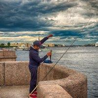 Питер рыба в Неве есть :: Юрий Плеханов