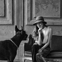 С собакой :: Julia C.