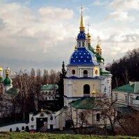 Экскурсия  в Выдубицкий монастырь Фото №5 :: Владимир Бровко