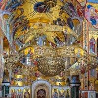 Внутреннее убранство Собора Воскресения Христова в Подгорице :: Aleks