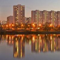 Сумерки над Москвой-рекой. :: Татьяна Помогалова