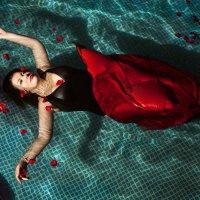 Вода и розы :: Pavel_Matvienko