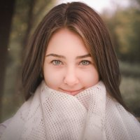 В платке :: Наталья Батракова