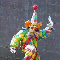 Страшный,страшный клоун :: Колибри М