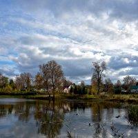 Осень в городе. :: Oleg S
