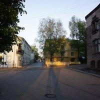 Прогулка по вечернему городу. :: Vladimir