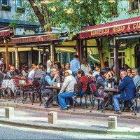 Популярное уличное кафе в Джихангире :: Ирина Лепнёва