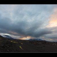 Вулканический рассвет... :: алексей афанасьев