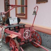 Древняя пожарная машина :: Дмитрий Солоненко