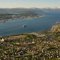 Город -остров Тромсё. Столица северной Норвегии. :: Инта