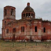 Сергиевский Храм в д.Городково :: ninell nikitina