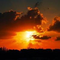 На восходе Солнца ..... :: Aleks Ben Israel