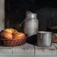 Молоко с булочками :: Алла Шевченко