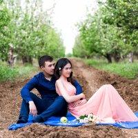 Любовь в райском саду :: Никита Анплитов