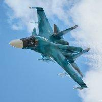Истребитель-бомбардировщик Су-34 :: Павел Myth Буканов