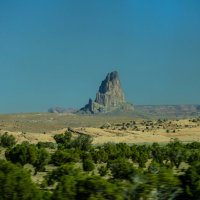 Вид из окна автобуса, движущегося к Долине Монументов (Аризона, США) :: Юрий Поляков