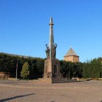 Памятник воинам, защитникам и освободителям Смоленска :: Наталья Гусева
