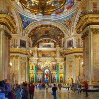 Интерьер храма Исаакия Далматского. :: bajguz igor