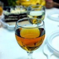 Я за двадцать минут опьянеть не смогла от бокала холодного бренди.. :: Андрей Заломленков