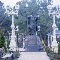 Памятник Андрею Первозванному. Андреевский Парк. Геленджик :: Nataly Anderson