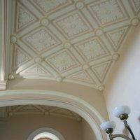 Декор лестницы :: Валерий Новиков